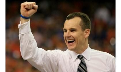 Tearful Donovan back at Florida for court-naming celebration