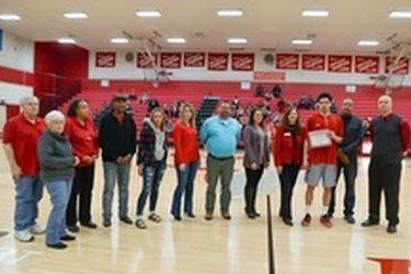 Jordan Phelps receives Hays Scholarship