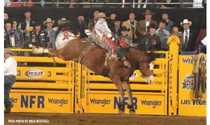 Utah bareback rider wins for 2nd consecutive time