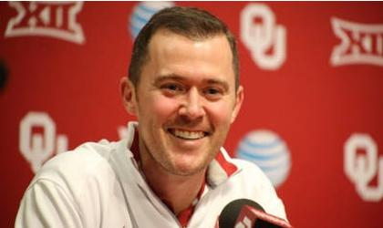 Oklahoma gives offensive coordinator Riley 3-year extension