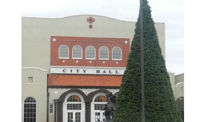 Ponca City Lights New Christmas Tree