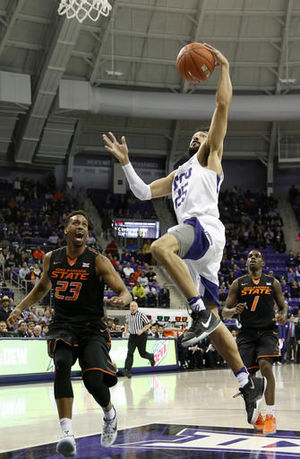 Hammonds, Oklahoma State stay hot with 71-68 win over TCU