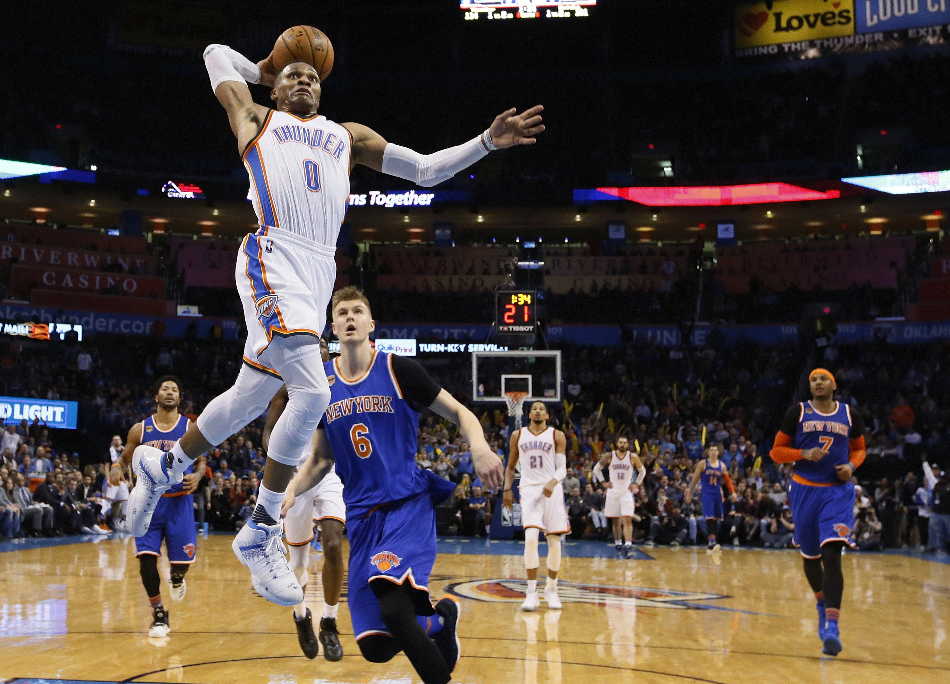 Westbrook scores 38 in triple-double as Thunder top Knicks