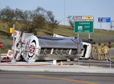 Hundreds of gallons of fuel spilled in tanker crash