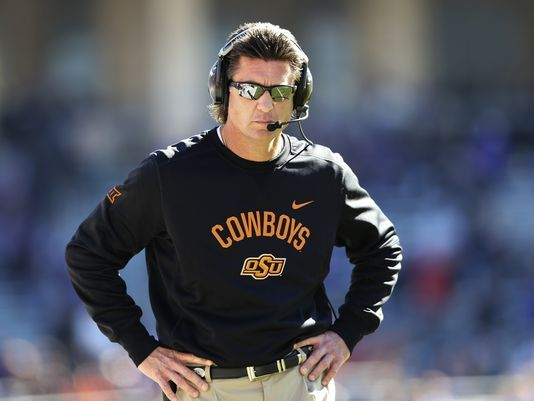 Mike Gundy gets pay raise after Tennessee interest