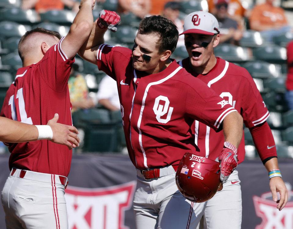 Oklahoma eliminates Texas from tournament