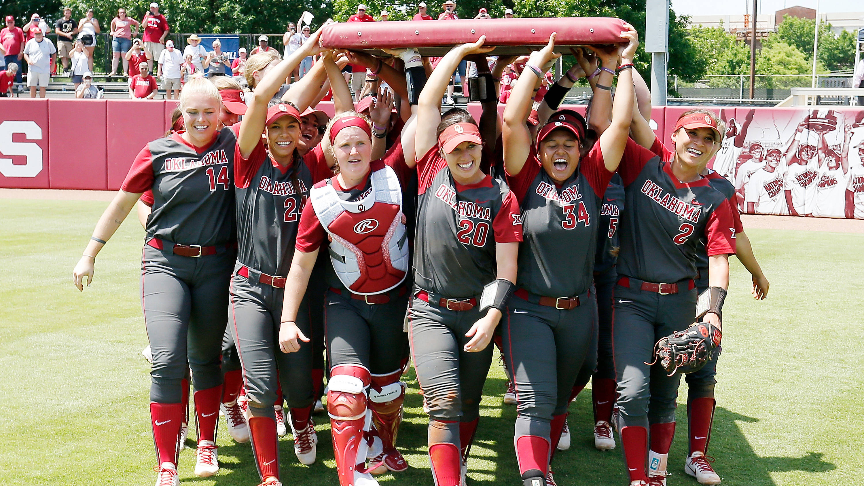 Oklahoma Sooners return to Women's College World Series