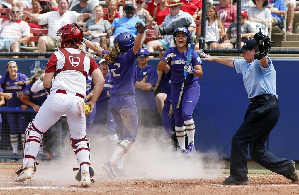 Huskies defeat OU in Women's College World Series