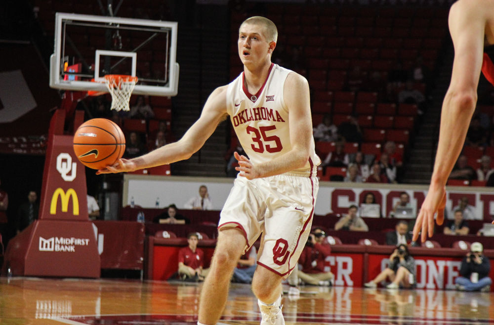 OU's Brady Manek will be impossible to miss