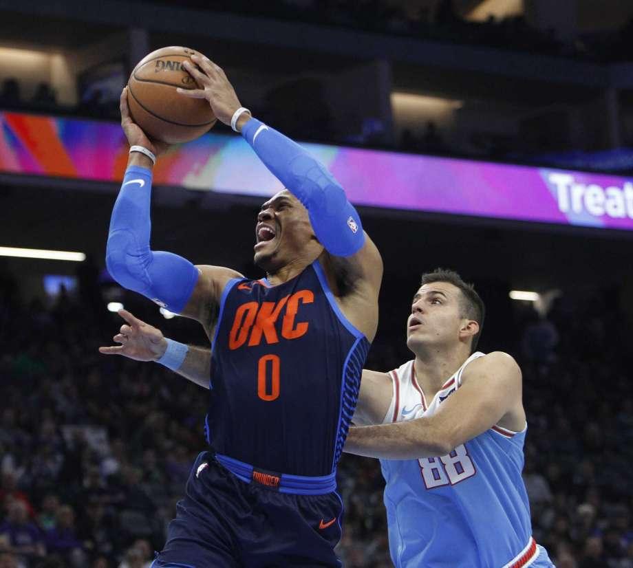 Sacramento Kings beat Thunder, spoiling Westbrook's return