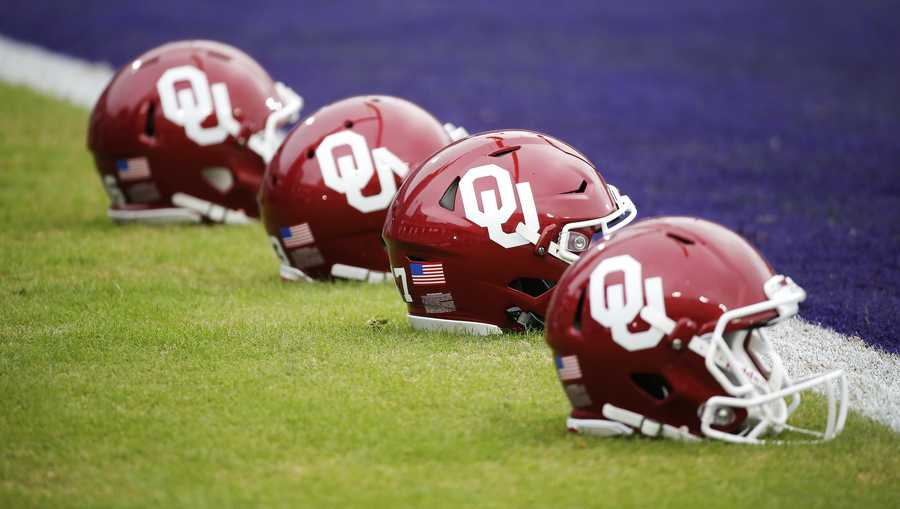 OU moves spring game from Saturday afternoon to Friday night