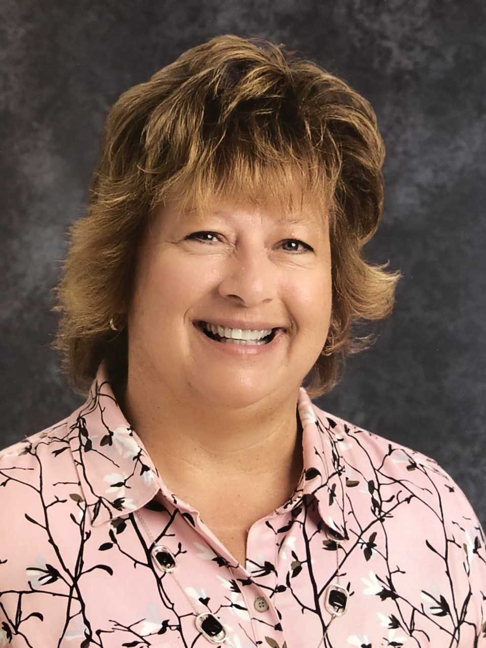 Carla Fry named OAESP 2019 State Principal of Excellence