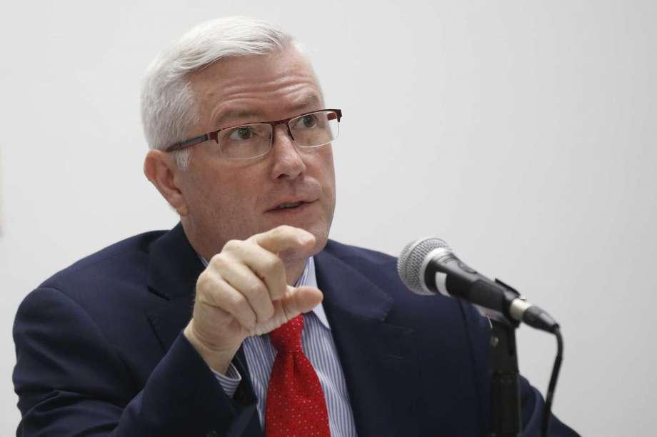 Stitt taps former business exec to head Oklahoma office
